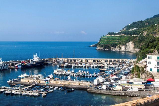 Porto di Cetara in Campania - Movingitalia.it