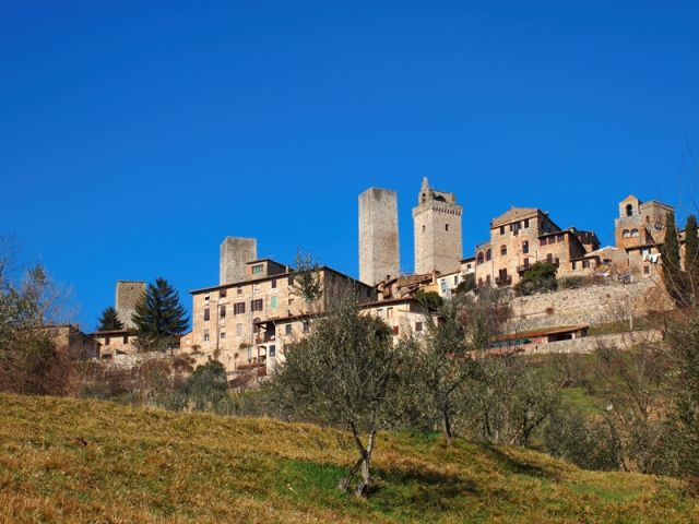 San Gimignano, città medievale con torri famose in Toscana