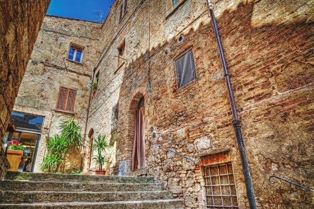 Tipica casa a San Gimignano - Movingitalia.it