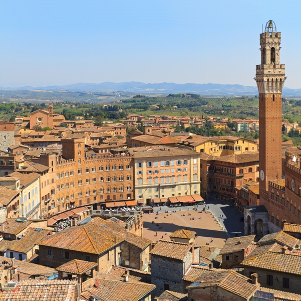Piazza del Campo - Siena - Movingitalia.it
