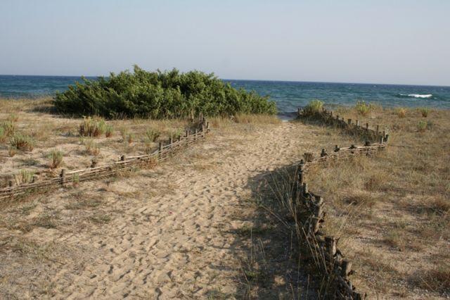Spiaggia e mare a Taranto in Puglia - Movingitalia.it
