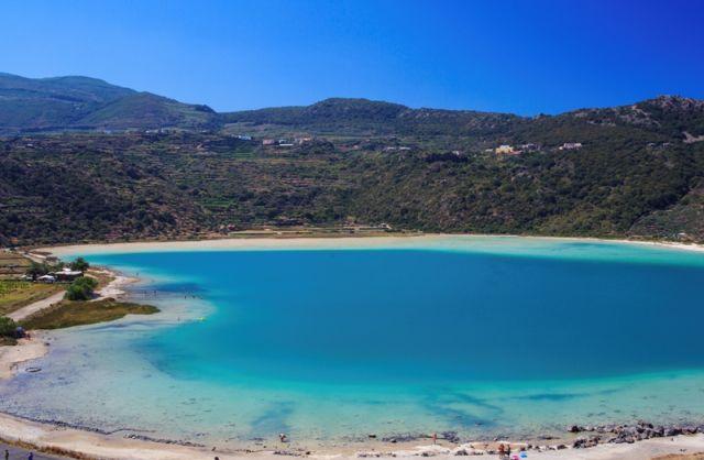 Lago di Venere nell'Isola di Pantelleria in Sicilia - Movingitalia.it
