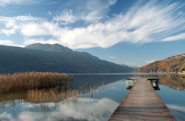 Piccolo porticciolo nel Lago di Caldonazzo - Movingitalia.it