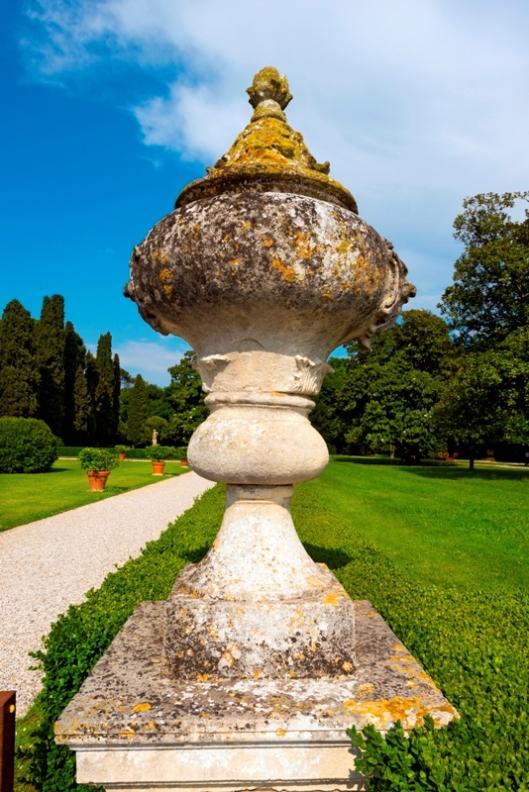 Ornamento e  Villa Emo in Veneto