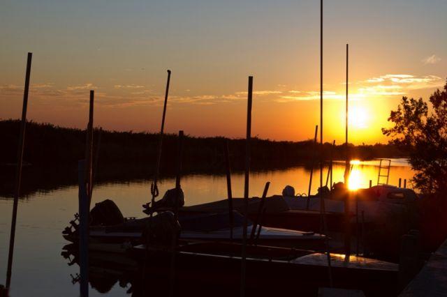 Porto di Marano lagunare al tramonto - Movingitalia.it