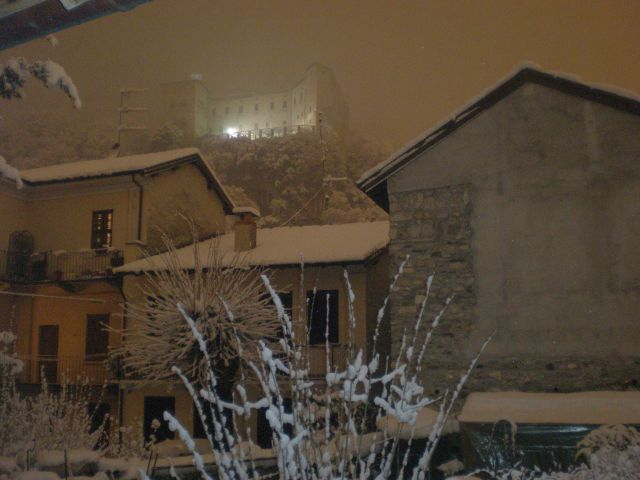 Rocca con neve - Movingitalia.it