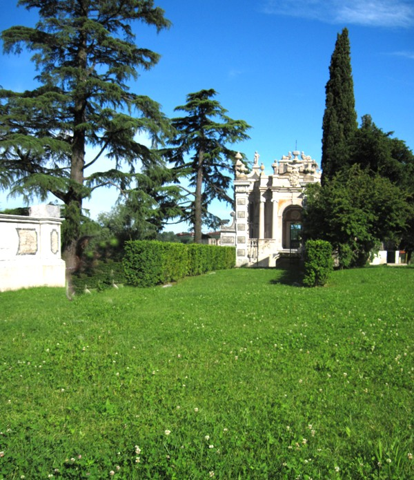 Villa Tatti Tallacchini Comerio - Movingitalia.it