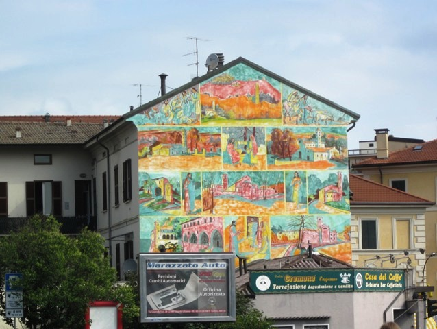 Dipinto sul muro a Varese - Movingitalia.it