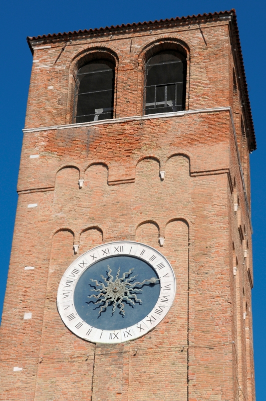 Torre dell'orologio a Chioggia - Movingitalia.it