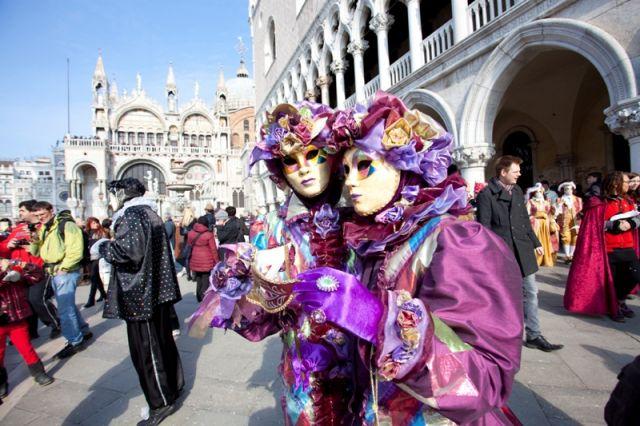 Il Carnevale di Venezia è il festival più noto a livello internazionale celebrato a Venezia - Movingitalia.it