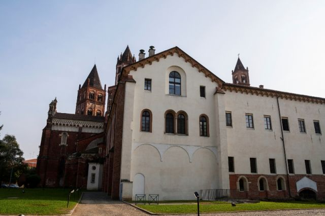 La Basilica di Sant'Andrea a Vercelli in Piemonte - Movingitalia.it