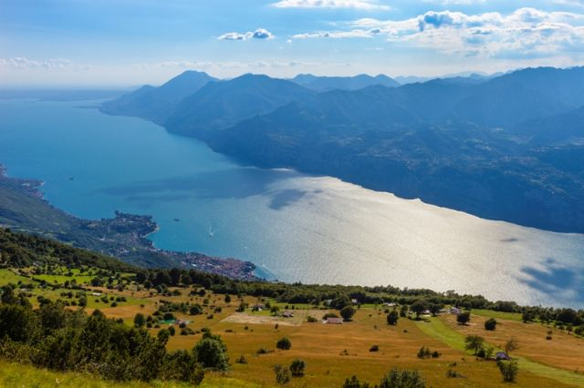 Vista del Monte Baldo e Lago di Garda - Movingitalia.it