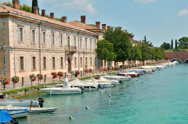 Città Peschiera del Garda sul Lago di Garda