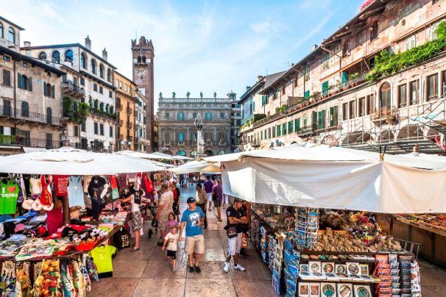 Mercatino tipico a Verona