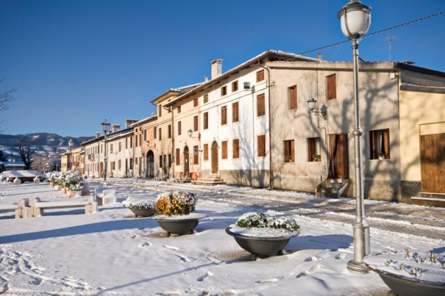 Città di Arzignano innevata - Movingitalia.it