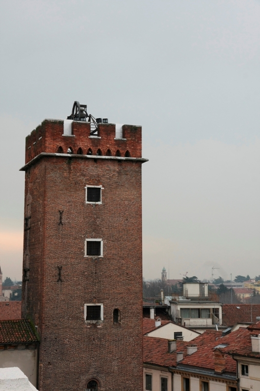 Possente torre medioevale utilizzate come prigioni per i ladri a Vicenza