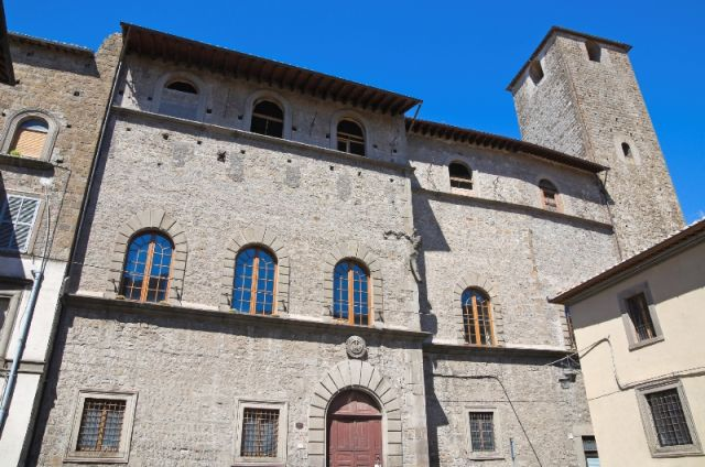 Palazzo Chigi Viterbo nel Lazio - Movingitalia.it