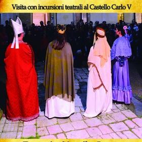 Un viaggio nel tempo, visita guidata in abiti d'epoca al Castello Carlo V di Lecce